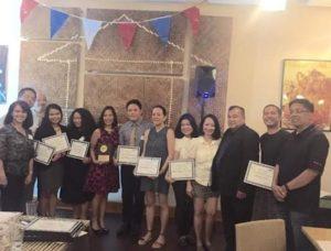 Juliet with members of the JCI Philippine New York headed by Steven Van Derodar (6th from left)